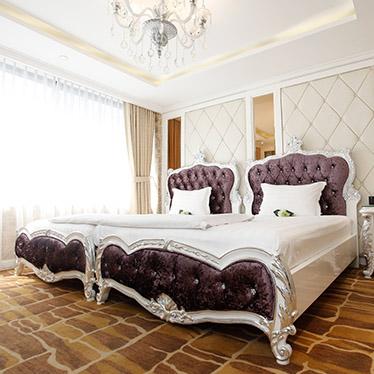 Khách sạn 8