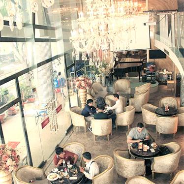 Nhà hàng - Cà phê Hoàng Triều 1