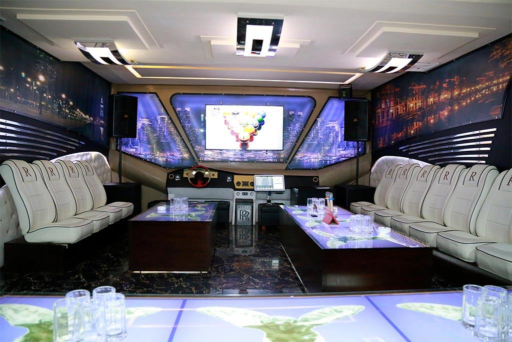 Hình phòng karaoke 54