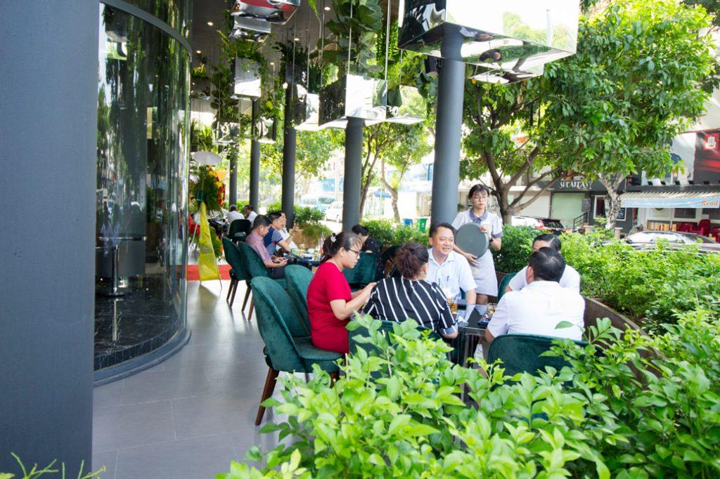 Top cà phê sân vườn đẹp tại 7 Quận TP. Hồ Chí Minh 4