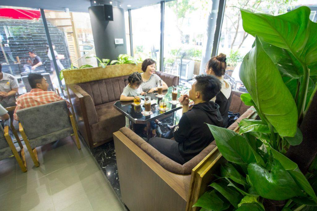 Top cà phê sân vườn đẹp tại 7 Quận TP. Hồ Chí Minh 5