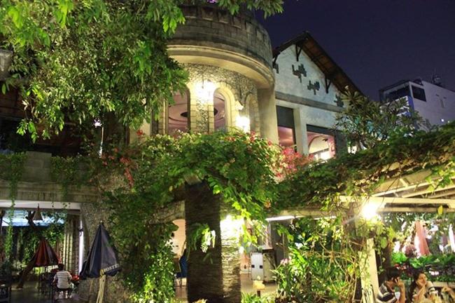 Top cà phê sân vườn đẹp tại 7 Quận TP. Hồ Chí Minh 14